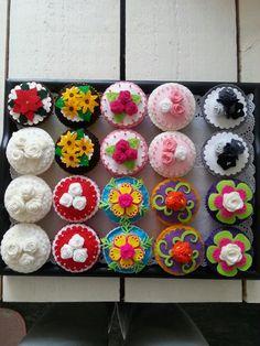 tos duijn design: I've done a bit last year Felt Cake, Felt Food, Play Food, Kids Toys, Children's Toys, Felt Diy, Crochet For Kids, Kids Meals, Sewing Crafts