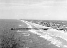 The pier, Jacksonville Beach (destroyed by Hurricane Floyd in Jacksonville Beach Florida, Florida Beaches, Hurricane Floyd, The Good Old Days, Aerial View, North Carolina, Past, Blues, Fishing