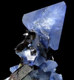 Benitoite and Neptunite, California USA