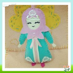 Felt doll in Turkish clothes