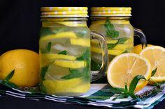 Limonada de citrice - CAIETUL CU RETETE Limes, Mason Jars, Kiwi, Smoothie, Avocado, Mugs, Drinks, Tableware, Per Diem