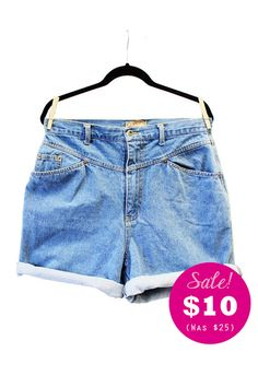 ed7b4f65ce3a CLEARANCE - Plus Size - Vintage Denim High Waist Jean Shorts (Size 14)