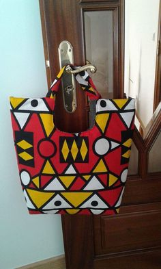 Ankara Bags, African Accessories, Africa Fashion, Afro, Patches, Purses, Sewing, Knitting, Inspiration