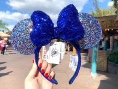 A daily-updated resource for news and information on the Disney resort around the world. Diy Disney Ears, Disney Minnie Mouse Ears, Cute Disney, Disney Day, Disney Trips, Walt Disney, Disney Vacations, Disney Parks, Disney Headbands