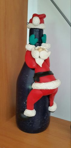 Christmas Clay, Christmas Crafts For Kids, Xmas Crafts, Christmas Projects, Wine Bottle Art, Painted Wine Bottles, Wine Bottle Crafts, Handmade Crafts, Diy And Crafts