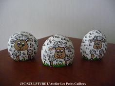 "ARTISANAT D'ART: Galets peints ""Mouton"" Ref N° 106 - Prix..."