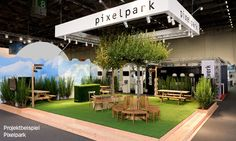 Simple, open & inviting exhibit idea - bring the outdoors in Exhibition Stand Design, Exhibition Stall, Exhibition Display, Pop Design, Display Design, Stage Design, Event Design, Expo Stand, Architecture