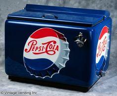 vintage pepsi coolers for sale Clock Vintage, Vintage Menu, Vintage Items, Vintage Coca Cola, Diet Pepsi, Pepsi Cola, Pepsi Man, Soda Machines, Vending Machines