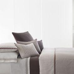 Beddingstyle: Vera Wang Ribbon Stripe Love the eyelet pillow cases
