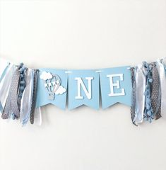 Hot Air Balloon One High Chair Banner Up Up and Away Boy Birthday Decorations Hot Air Balloon Cloud First Boy Cake Smash Backdrop Balloon Clouds, Balloon Banner, Hot Air Balloon, Balloon Decorations, Balloon Party, Air Ballon, Balloon Birthday, 1st Birthday Banners, Baby Boy 1st Birthday
