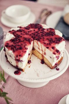 Pomegranate cheese cake