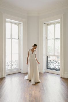 Alexandra Grecco - Arlington Gown. Exclusively available in The Netherlands at Wild At Heart Bridal.