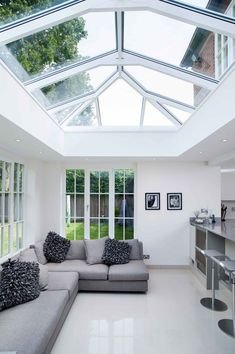 Double Glazing, uPVC Windows, Doors & Conservatories Bristol and Bath Design Exterior, Roof Design, House Design, House Extension Plans, House Extension Design, Garden Room Extensions, House Extensions, Kitchen Orangery, Ideas Terraza