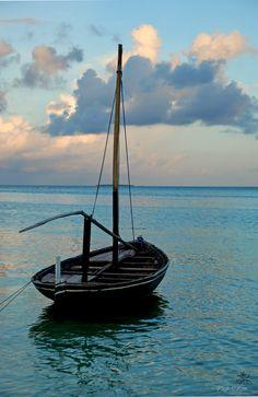 Dhoni | Maldives.