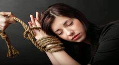 6 señales de que estás viviendo una relación tóxica - http://www.bezzia.com/6-senales-de-que-estas-viviendo-una-relacion-toxica/