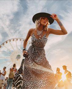 10 Stylish And Comfortable Outfits To Wear At A Music Festival Helen Owen, Hippie Style, Boho Style, Boho Chic, Jasmine Tookes, Elsa Hosk, Shay Mitchell, Emily Ratajkowski, Festival Looks