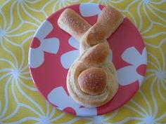These cute bunny bread rolls will be a fun addition to the dinner table.
