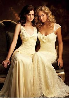 Today We has brought in a beautiful post of pale yellow wedding dress Today my post is all about fashionable and trendy pale yellow wedding dress! Pale Yellow Bridesmaid Dresses, Pale Yellow Weddings, Yellow Wedding Colors, Yellow Wedding Dress, Beautiful Bridesmaid Dresses, Wedding Dresses, Bridesmaid Gowns, Wedding Attire, Beautiful Dresses