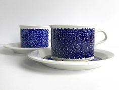 ARABIA Finland FAENZA Blue Xl Tea cups & saucers / Inkeri Leivo Sepalla / Winqvist, Rare 70s vintage highly collectible, Scandinavian modern