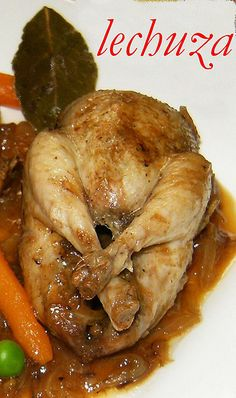 Codornices encebolladas-cerca Turkey Recipes, New Recipes, Cooking Recipes, Latin American Food, Spanish Food, Barbacoa, Poultry, Tapas, Bird