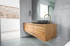 This unique photo is an extremely inspirational and magnificent idea Bathroom Concrete Floor, Large Tile Bathroom, Bathroom Taps, Concrete Tiles, Large Bathrooms, New Bathroom Ideas, Bathroom Inspiration, Brass Toilet Paper Holder, Timber Vanity