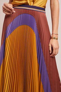 bb598f503 Pleated Colorblock Skirt | Anthropologie Cair 2018, Antropologia, Bloqueio  De Cor