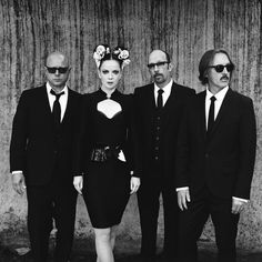 i cannot wait for the new garbage album...it's been a long long time.  shirley manson looks as beautiful as ever.