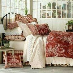 This is it!!!!!  Red/Cream and the day bed too!