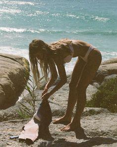 Summer Aesthetic, Retro Aesthetic, Aesthetic Photo, Summer Feeling, Summer Vibes, Henrik Purienne, Beaches Film, Summer Romance, Campaign Fashion