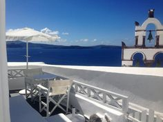 3 Bedroom Villa in Oia to rent from £2698 pw. With balcony/terrace, air con, Telephone and TV.