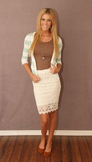 Lovely Light Weight Lace Cream Skirt #bellaellaboutique