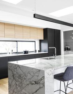Dekton es ideal para revestir todo tipo de superficies (mesadas, revestimientos, pisos, fachadas, piscinas, etc),