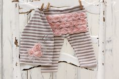 Knot hat,Baby girl clothes,Upcycled pants,Photography prop,Newborn pants,Newborn hat,Upcycled hat,Going home outfit,Newborn prop - pinned by pin4etsy.com
