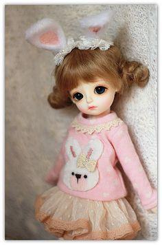t-shirt, skirt, tights Pretty Dolls, Beautiful Dolls, Cute Miss You, Cute Baby Dolls, Kawaii Doll, Rabbit Ears, Cute Cartoon Wallpapers, Ball Jointed Dolls, Blythe Dolls