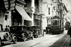 İstiklal Caddesi / 1927 http://ift.tt/2wiyhR2
