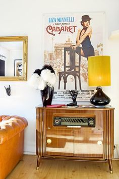 #upcycling From Radio to Cabinet
