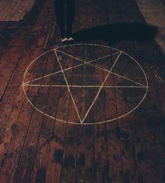 Ritual pentagram #witchcraft