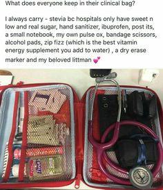 Awesome ideas for nurse bag supplies. Awesome ideas for nurse bag supplies. Nursing Goals, College Nursing, Nursing School Notes, Nursing Career, Nursing Tips, Nursing Programs, Nursing Schools, Nursing School Humor, Ob Nursing