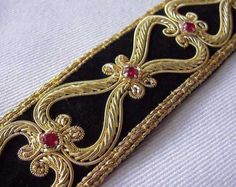 Our Finest Hand-Beaded Trim Renaissance Style Gold Bullion on Black Velvet Bullion Embroidery, Zardozi Embroidery, Hand Embroidery Dress, Gold Embroidery, Crystal Embroidery, Crazy Quilting, Gold Rate, Paisley Scarves, Sewing Trim