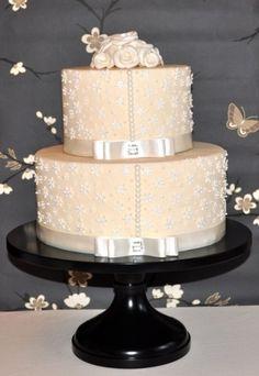 pastel peach cake