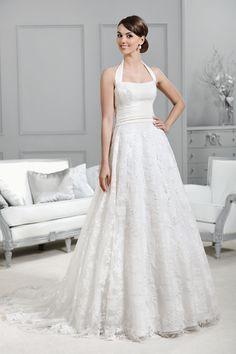 Neckholder-Brautkleid aus der Agnes by Mode de Pol Kollektion 2015 :: halter neck bridal dress from the 2015 Agnes collection by Mode de Pol.