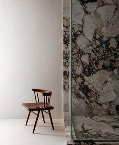 Living Room Designs, Living Spaces, Baths Interior, Calacatta, Amazing Bathrooms, Bathroom Inspiration, Ladder Decor, Architecture Design, Minimalism