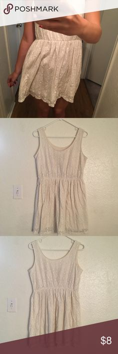 Off-white crochet lace dress Pretty white crochet dress in off-white. Only worn a couple times, but letting go because it's too big on me. Great condition!   ~ basic / minimal / country / charming / delicate / lacy / graceful / soft ~ Mossimo Supply Co. Dresses