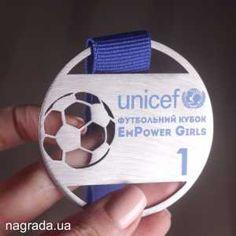 Эксклюзивная футболшьная медаль по индивидуальной разработке с нержавеющей стали и применением цветной печати на планшетном принтере.