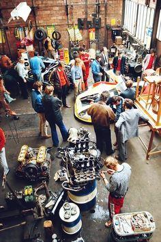 Porsche 908 works garage at Le Mans Porsche 911 Rsr, Porsche Cars, Porsche Motorsport, Ferrari, Vintage Racing, Vintage Cars, Jaguar, Grand Prix, Course Automobile