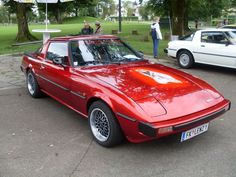 Mazda Rx-7 gen one | Mazda RX-7 1st generation 1979-1985 (1979-1980 series 1 SA22C), right ...