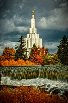 I love the Idaho Falls Temple, probably one of my favorites! I had the chance to be there when a good friend Crystal was sealed to her family here for TIME and ALL ETERNITY!!! I love it!