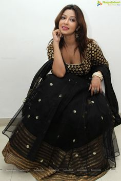 Exclusive Photos: Payal Ghosh at Architha Narayanam Designer Studio Launch - Image 34