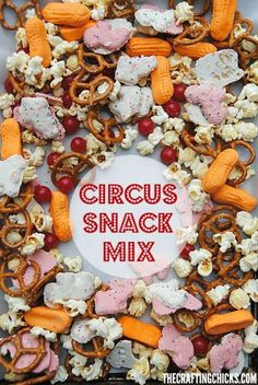 With a mix of circus themed treats, this Circus Snack Mix would be fun to take along on a trip to the circus, for a Dumbo movie day or a big top play date! (No Bake Party Mix) Carnival Themed Party, Carnival Food, Carnival Birthday Parties, Carnival Themes, Circus Birthday, Birthday Party Themes, Circus Party Favors, Circus Theme Classroom, Dumbo Birthday Party