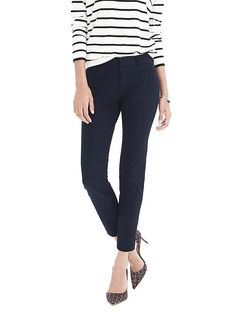 Own: BR Sloan pants in 2L, navy. The most perfect work pants - neeed them in every color.